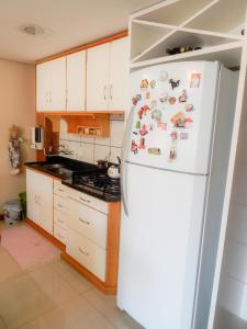 Residencial Familiar De Gramado, Case vacanze  Gramado - big - 27