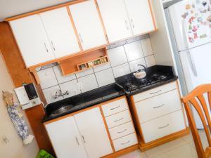 Residencial Familiar De Gramado, Case vacanze  Gramado - big - 16