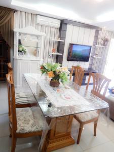 Residencial Familiar De Gramado, Case vacanze  Gramado - big - 42