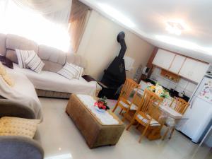 Residencial Familiar De Gramado, Case vacanze  Gramado - big - 39