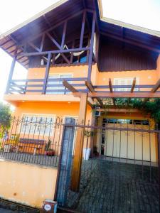 Residencial Familiar De Gramado, Case vacanze  Gramado - big - 34