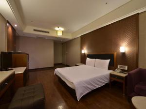 Goodness Plaza Hotel, Hotely  Taishan - big - 54
