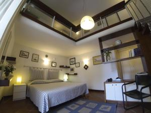 B&B Villa Ocsia, Bed and Breakfasts  San Giorgio a Cremano - big - 21