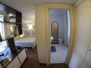 B&B Villa Ocsia, Bed and Breakfasts  San Giorgio a Cremano - big - 5