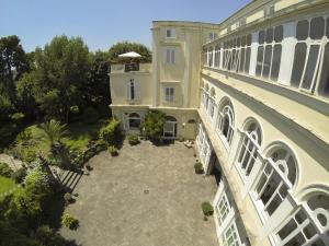 B&B Villa Ocsia, Bed and Breakfasts  San Giorgio a Cremano - big - 66