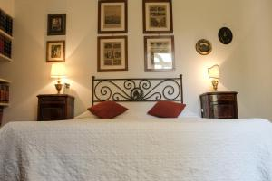 B&B Villa Ocsia, Bed and Breakfasts  San Giorgio a Cremano - big - 25