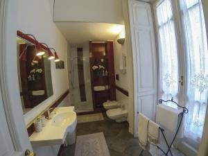 B&B Villa Ocsia, Bed and Breakfasts  San Giorgio a Cremano - big - 30