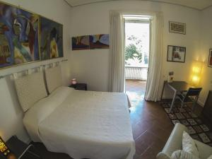 B&B Villa Ocsia, Bed and Breakfasts  San Giorgio a Cremano - big - 26