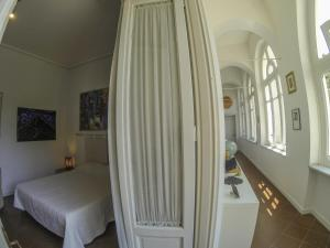 B&B Villa Ocsia, Bed and Breakfasts  San Giorgio a Cremano - big - 17