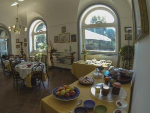 B&B Villa Ocsia, Bed and Breakfasts  San Giorgio a Cremano - big - 43