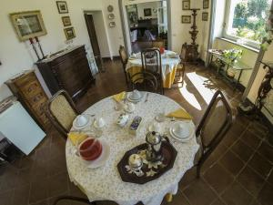 B&B Villa Ocsia, Bed and Breakfasts  San Giorgio a Cremano - big - 45