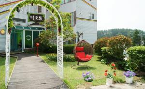 Jeju Dioville Pension, Case vacanze  Seogwipo - big - 31