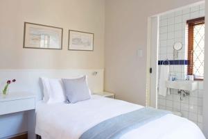 Pokój jednoosobowy typu Classic z prysznicem