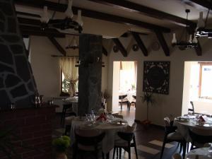 Pensiunea Taverna Bucium, Hotely  Iaşi - big - 25