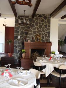 Pensiunea Taverna Bucium, Hotely  Iaşi - big - 32