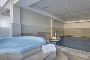 Alcudia Garden Aparthotel, Apartmanhotelek  Port d'Alcudia - big - 17