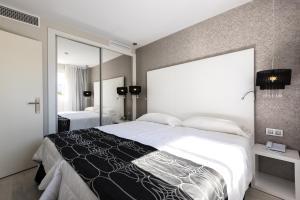 Alcudia Garden Aparthotel, Apartmanhotelek  Port d'Alcudia - big - 32