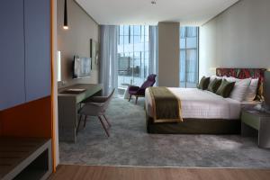 Ibis Styles Dubai Jumeira, Hotely  Dubaj - big - 1