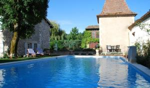 Manoir du Bois Mignon, Bed and Breakfasts  Le Fleix - big - 1