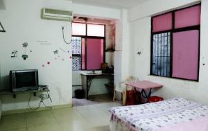 E Family Holiday Apartment E, Appartamenti  Haikou - big - 2