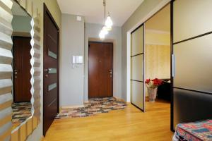 Vip-kvartira Gorodskoy Val 10, Apartmanok  Minszk - big - 2