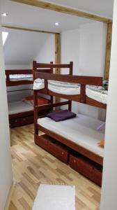 Prenoćište Zrenjanin, Bed & Breakfasts  Zrenjanin - big - 2