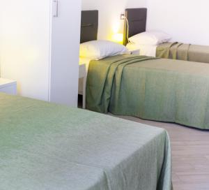 Stanze del Mare, Bed & Breakfasts  Balestrate - big - 17