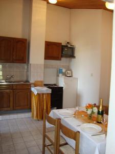 Apartments Antonela, Apartmány  Tribunj - big - 23