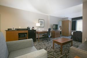 King Suite with Sofa Bed - Mobility Access/Non-Smoking