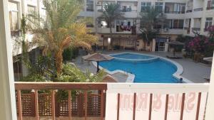 Apartment at nice resort with pool, Ferienwohnungen  Hurghada - big - 7