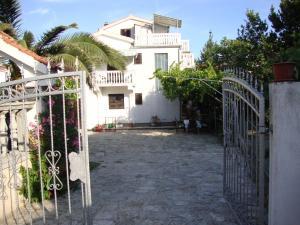 Apartments Antonela, Appartamenti  Tribunj - big - 51