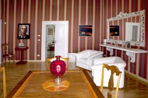 Palazzo Antica Via Appia, Bed and Breakfasts  Bitonto - big - 32