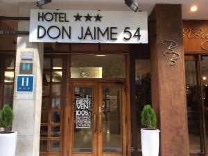 Hotel Don Jaime 54, Hotely  Zaragoza - big - 47