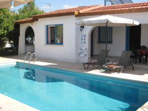 Villa Yvonne Paphos
