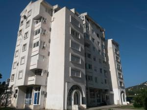 Apartment Lazara, Ferienwohnungen  Sutomore - big - 13