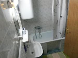 Apartment Lazara, Ferienwohnungen  Sutomore - big - 21