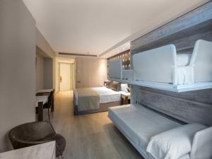 Catalonia Atenas, Отели  Барселона - big - 20