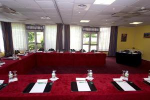 Qualys-Hotel Paris Est Golf, Hotel  Rosny-sous-Bois - big - 14