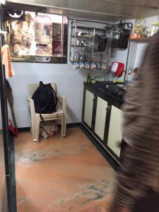 Med Mid Town Apt, Apartmány  Bombaj - big - 14