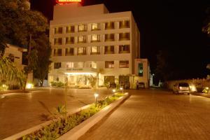 Hotel King Paradise, Szállodák  Tiruccsirápalli - big - 23