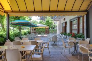 Hotel Esedra - AbcAlberghi.com