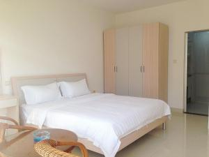 Golden Tiandi Holiday Apartment Bao'an Jiangnan City, Appartamenti  Haikou - big - 26