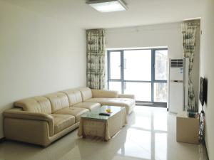Golden Tiandi Holiday Apartment Bao'an Jiangnan City, Appartamenti  Haikou - big - 20