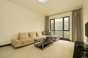 Golden Tiandi Holiday Apartment Bao'an Jiangnan City, Appartamenti  Haikou - big - 9