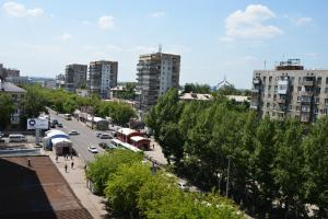 Richhouse on Abdirova 15, Apartmanok  Karagandi - big - 7