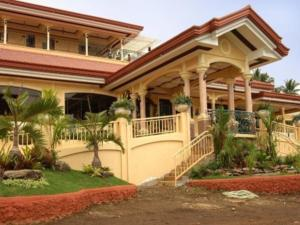 Camiguin Highland Resort, Курортные отели  Mambajao - big - 1