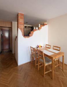 Apartamenty Varsovie Rondo ONZ, Apartmanok  Varsó - big - 27
