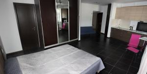 Suite on Railway Station, Ferienwohnungen  Ivano-Frankivs'k - big - 4