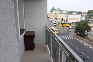 Suite on Railway Station, Ferienwohnungen  Ivano-Frankivs'k - big - 6