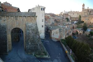 Residenza Savonarola Luxury Apartment, Apartments  Montepulciano - big - 11